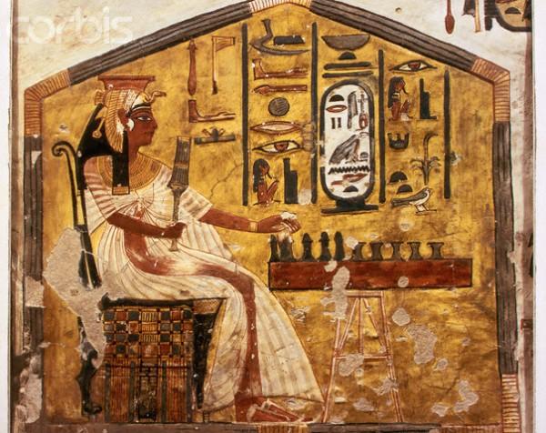 ca. 1320-1200 B.C. --- Fresco Painting of Nefertari Playing Senet --- Image by © Gianni Dagli Orti/CORBIS